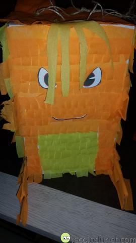 Pinata - Avec les yeux, la bouche et les cheveux